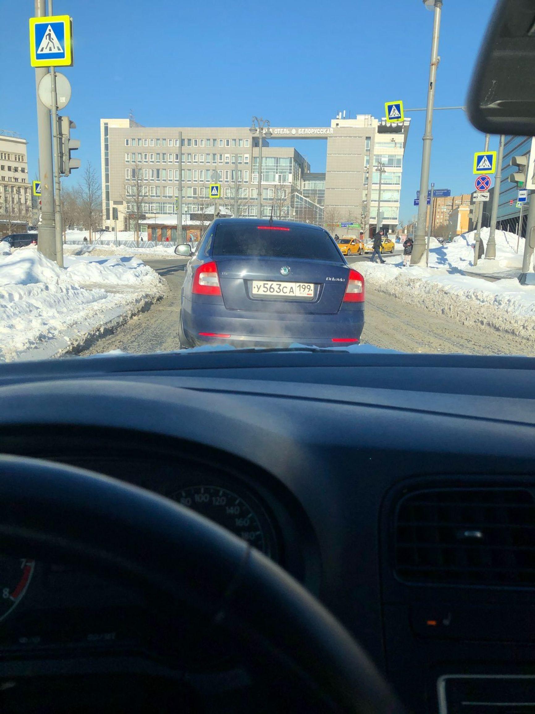 Машина, преследующая Кара-Мурзу