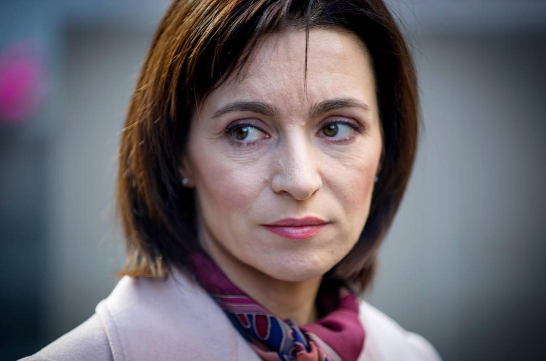 Санду обещала больше денег извне: Эксперты увидели в поддержке ЕС предвыборный контекст