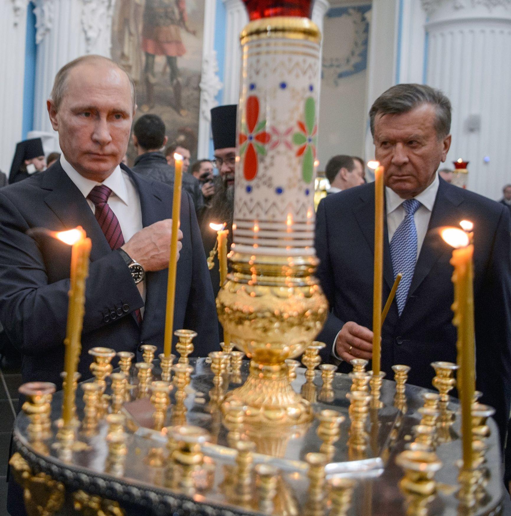 Бывший премьер-министр Виктор Зубков в прослушках и показаниях свидетелей фигурирует как друг и партнер криминального авторитета Геннадия Петрова
