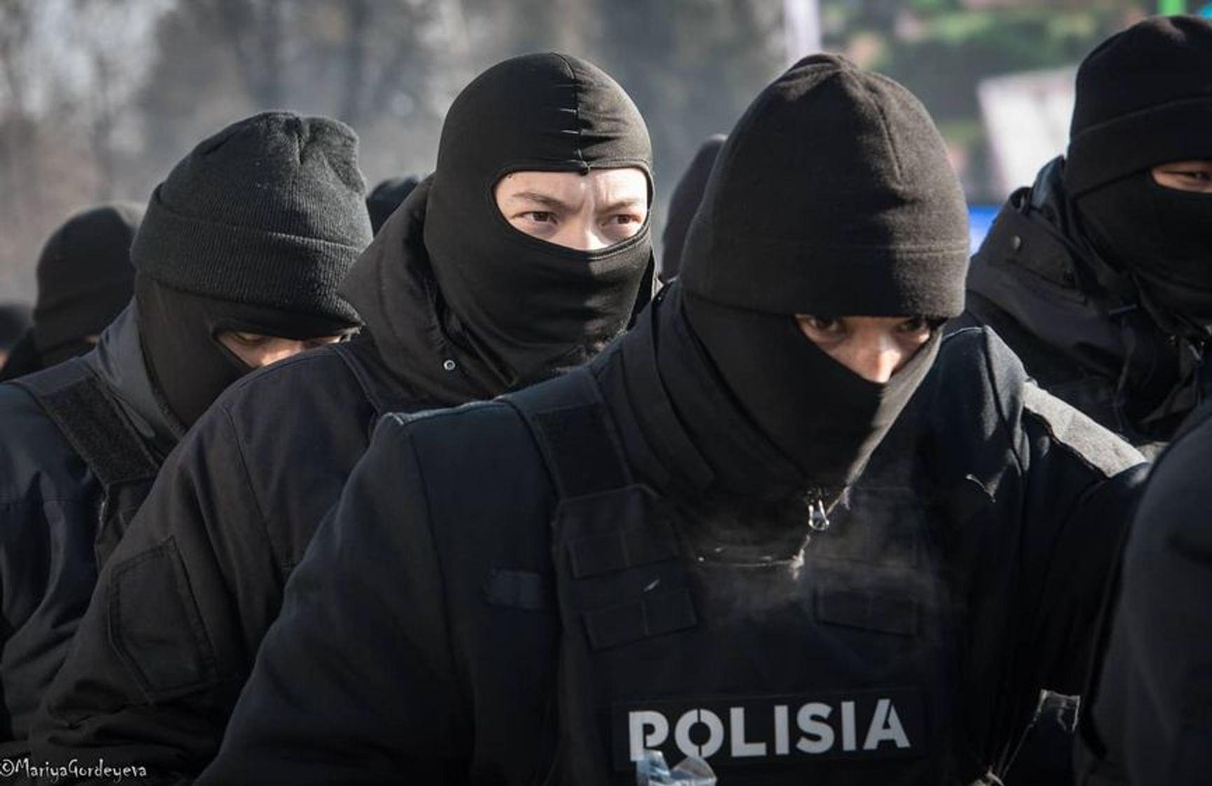10 января 2021 г. Полиция готовится блокировать митингующих в Алматы