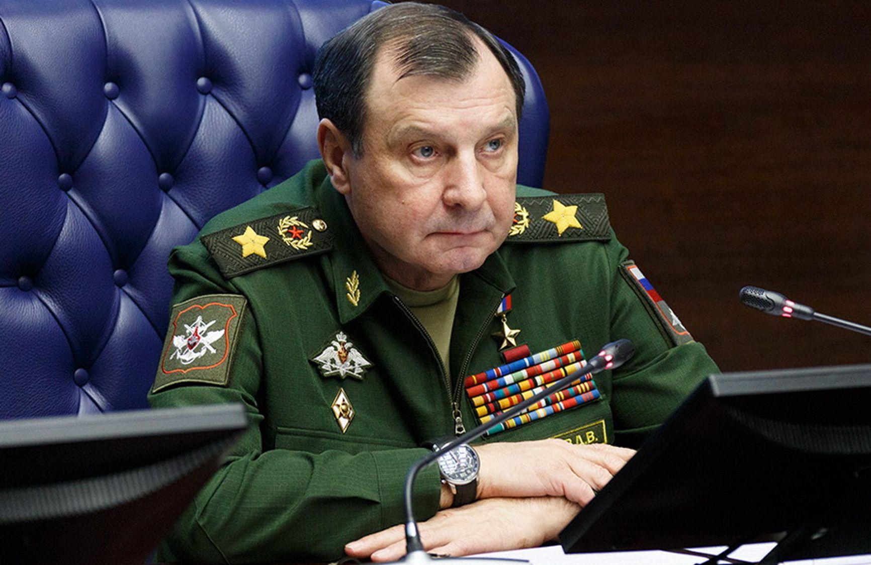Заместитель министра обороны РФ, Герой России генерал армии Дмитрий Булгаков