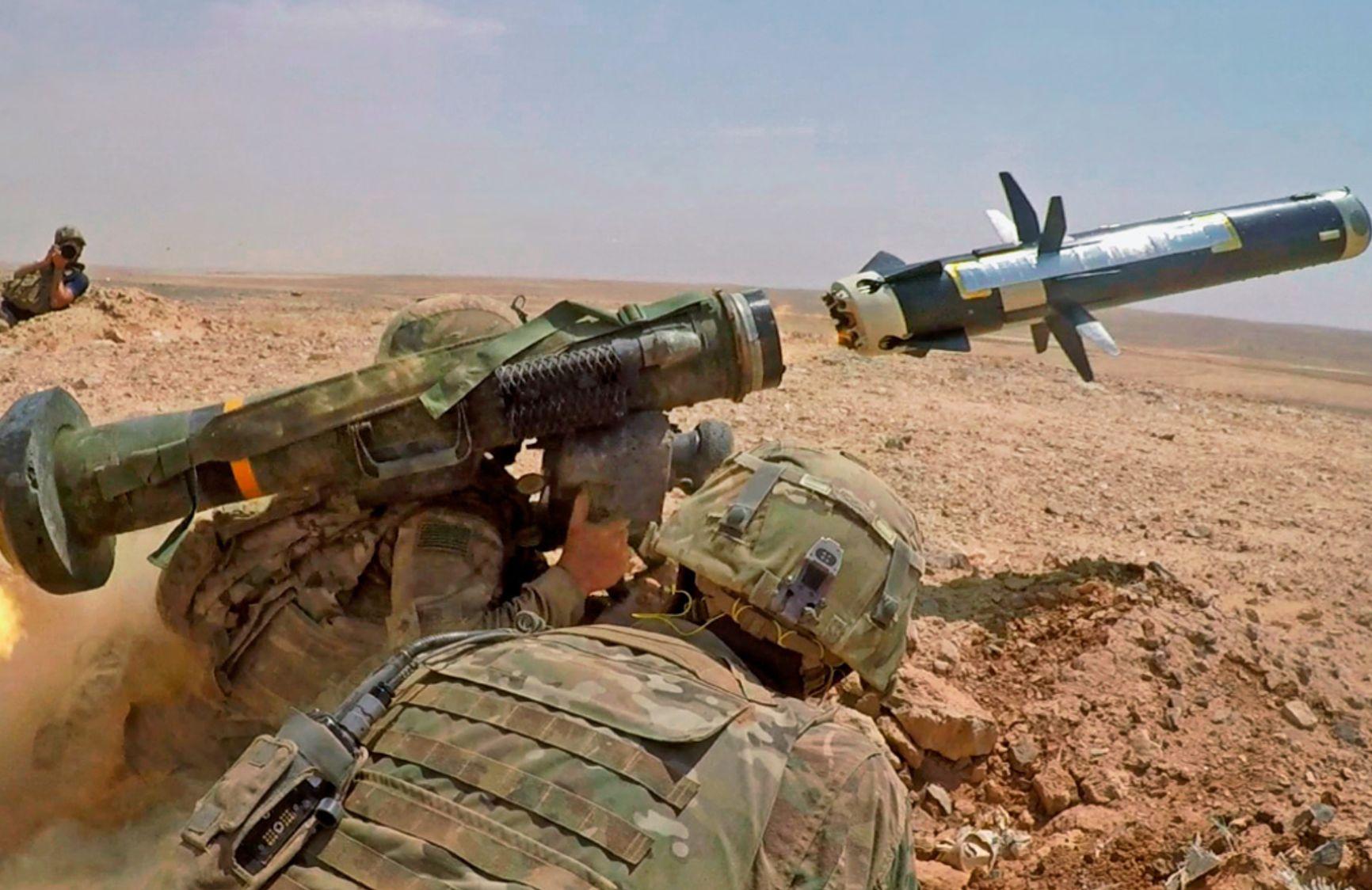 Противотанковые ракетные комплексы Javelin