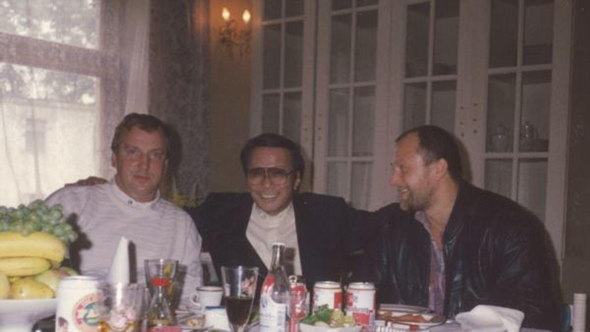 Геннадий Петров, представитель якудза и Александр Малышев