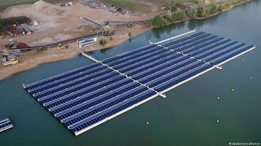 Плавучая солнечная электростанция в городе Веце (земля Северный Рейн — Вестфалия)