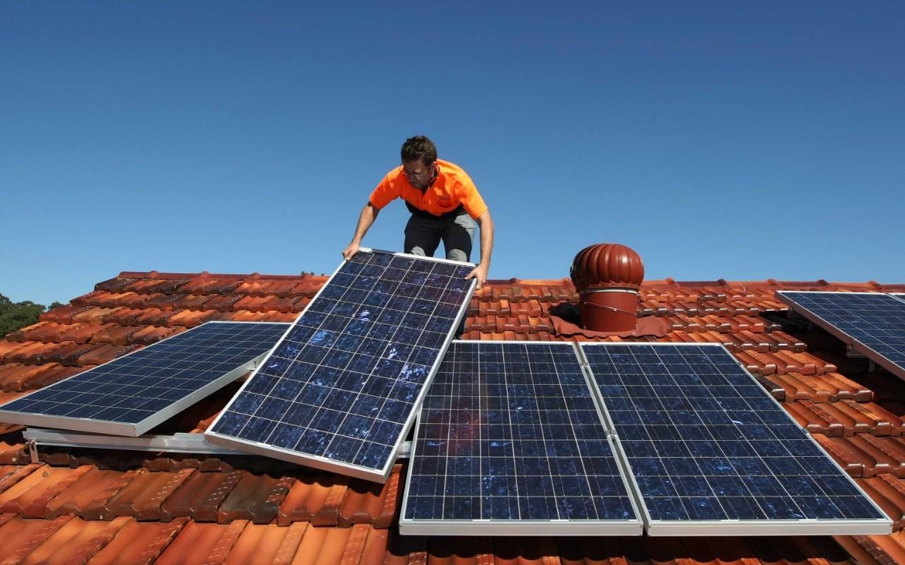 «Дешевых запасов ископаемого газа хватит на 40-60 лет» — проектный директор Greenpeace Владимир Чупров об отказе от газового отопления