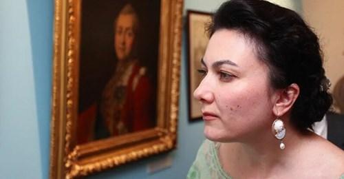 Пара фраз: Культура министра. Арина Новосельская vs Екатерина Фурцева