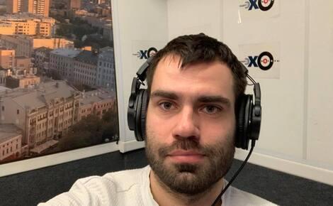 Корреспондента «Эха Москвы» Андрея Шашкова вызвали в полицию. Его обвинили в участии в акции, на которой он работал