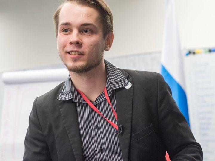 Экс-координатору штаба Навального не разрешили открыть избирательный счет и начать сбор подписей для выдвижения на выборы в Госдуму