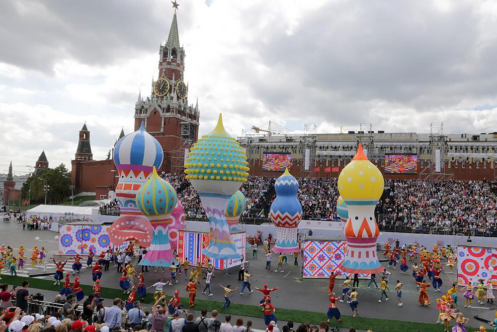 В Москве 13 человек не допустили на концерт в честь Дня города из-за поддержки Алексея Навального и участия в акциях протеста
